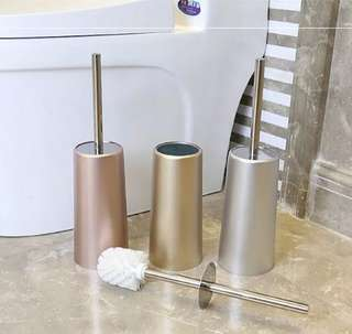 (PO) European Style Toilet Brush with Holder