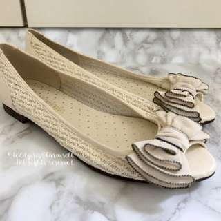 MADE IN JAPAN Jelly Beans Style Off White Cream Open Toe Bow Flats 米白色平底鞋