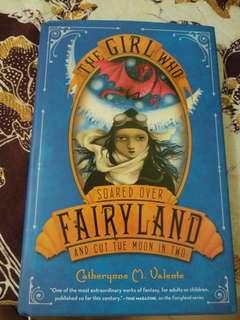 Novel Bekas Preloved Bahasa Inggris Hard Cover The Girl Who Soared Over Fairyland