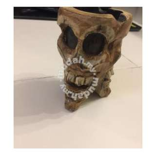 New Zealand Wooden Skull Ashtray