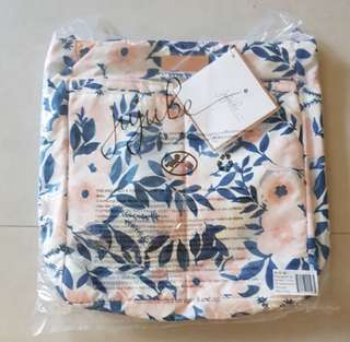 BNWT Jujube Whimsical Watercolor Be Light