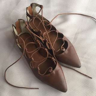 GU Leather Laced up flats