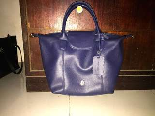 Nyari Tas Hush Puppies model Longchamp