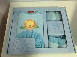 Newborn Gift Set (3 boxes @ $50)