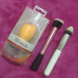 Makeup brush & sponge bundle!