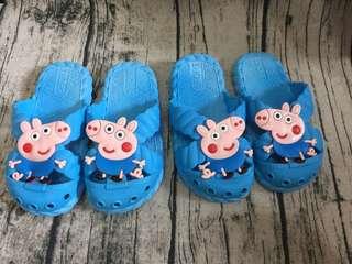 🚚 [雙畇媽咪]全新 現貨 夏天可愛的兒童拖鞋 海灘鞋 天藍色31碼內長18cm