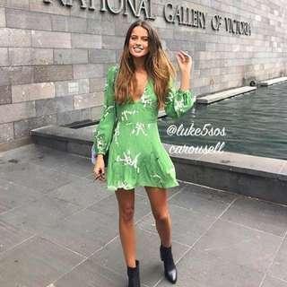 INSTOCKS Kate floral v neck dress - green