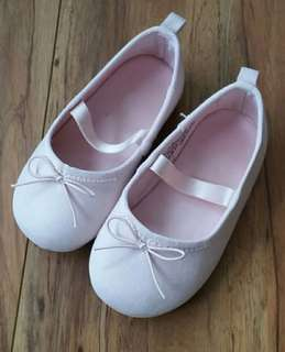 H&M gray flats for babies
