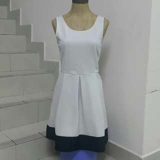 Stradivarious Black & White Dress