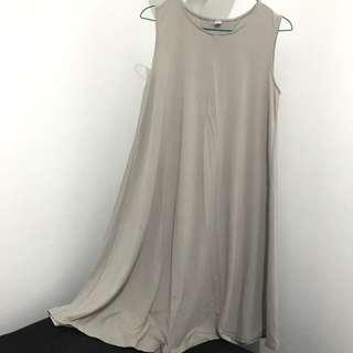 Uniqlo Midi Dress