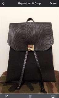 Faux snake skin backpack BLK