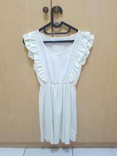 Loli white dress