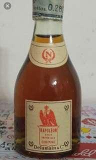70年代,陳年德利曼拿破崙干邑酒辦30ml一支。