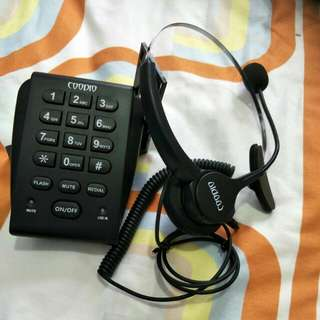 Heatset and telephone for call centre