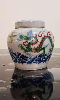 Mini porcelain doucai ginger jar
