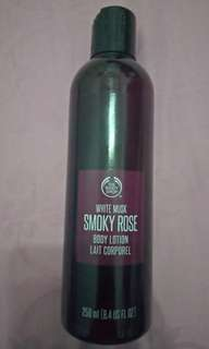 Preloved the body shop - body lotion white musk smoky rose