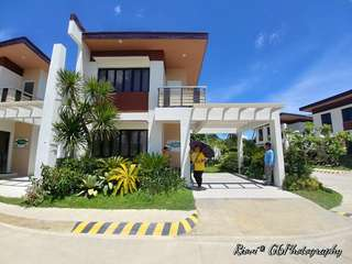 Dasmariñas Hiway Single Attached House and Lot
