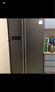 Samsung Fridge For Sales !!!!!