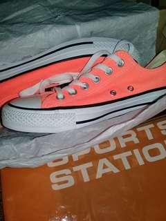 Converse ct low hyper orange