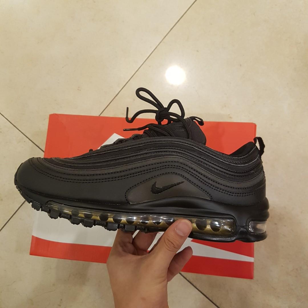 wholesale dealer d7743 ec7ea Airmax 97 Black friday Black/gold SE PRM Nike, Men's Fashion ...