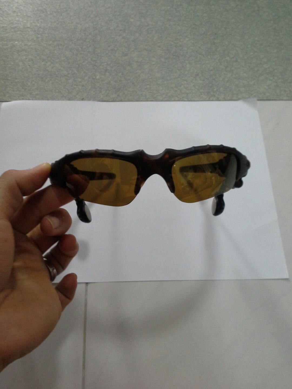 ihan kiva kenkäkauppa ajatuksia Authentic oakley thump 256 sunglasses, Men's Fashion ...