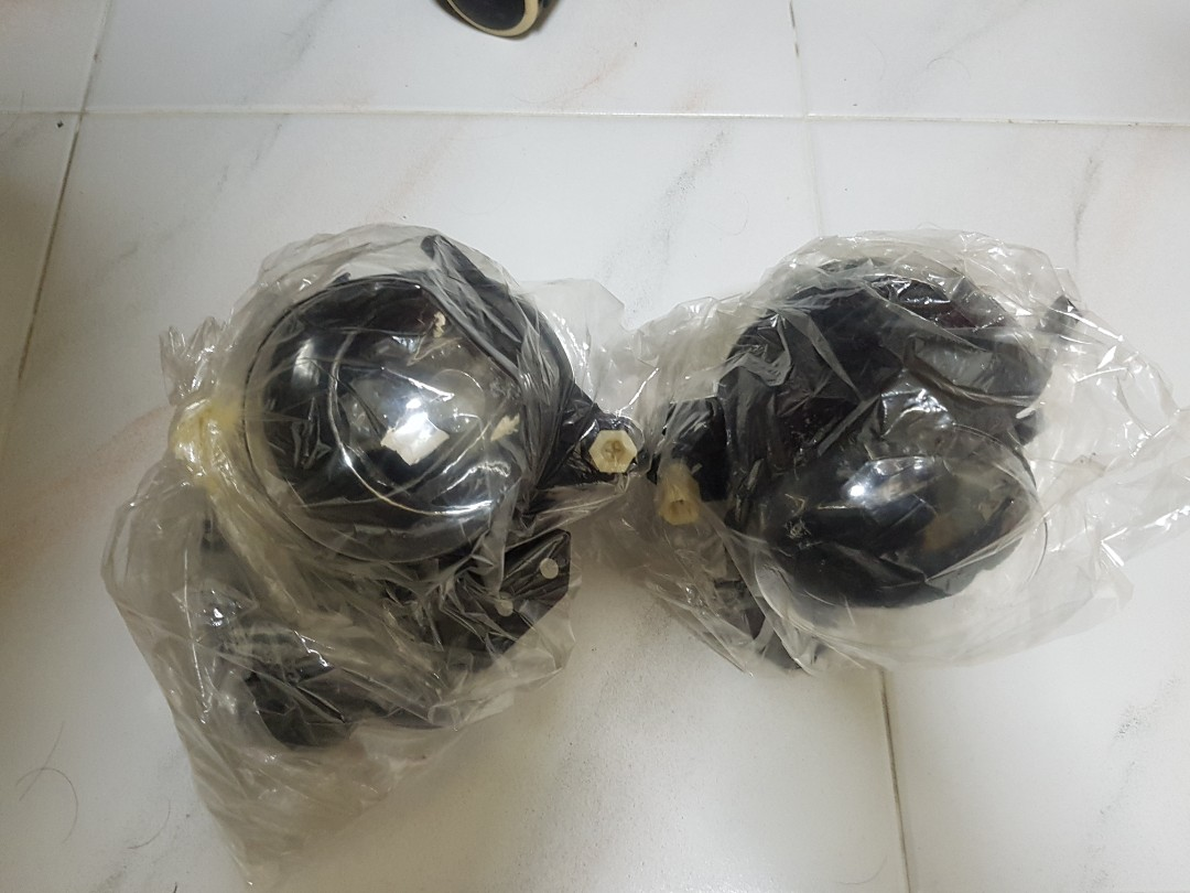 Bmw E60 E90 M Sport Bumper Fog Lamps Oem Car Accessories Accessories On Carousell