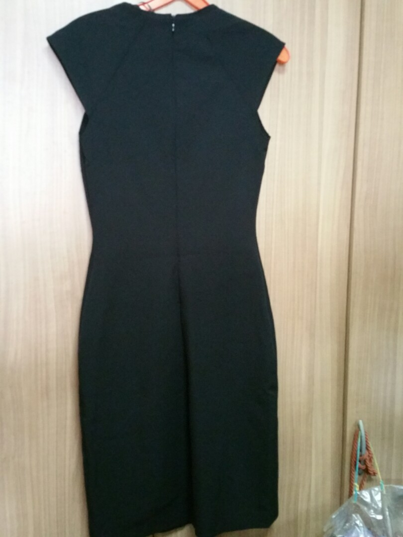 908736587e BN Zara black work dress