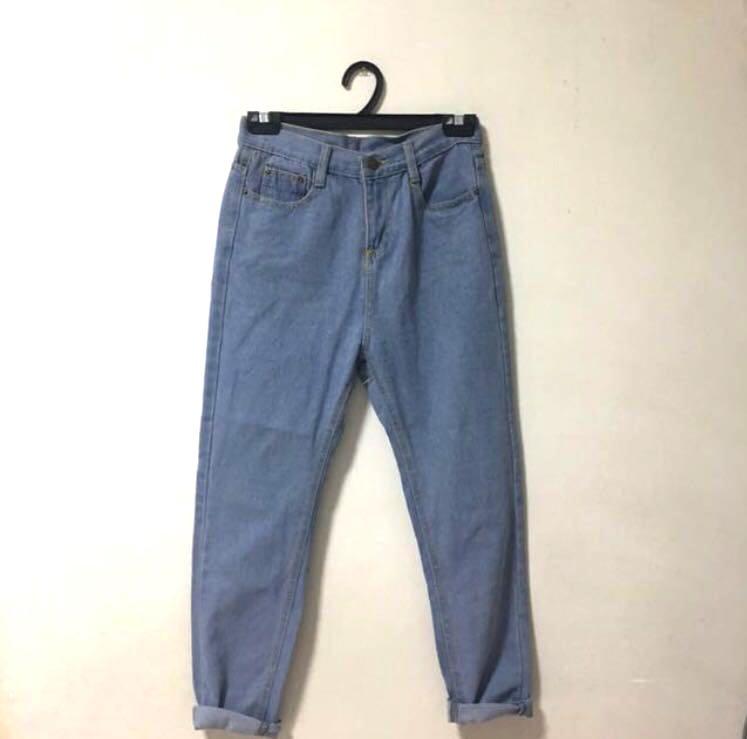 850da69b16eb17 Boyfriend Mom Baggy Denim Jeans, Women's Fashion, Clothes, Pants ...