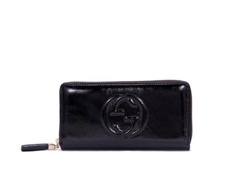 4ee19e27d1d Gucci Soho Disco zip around wallet in Black