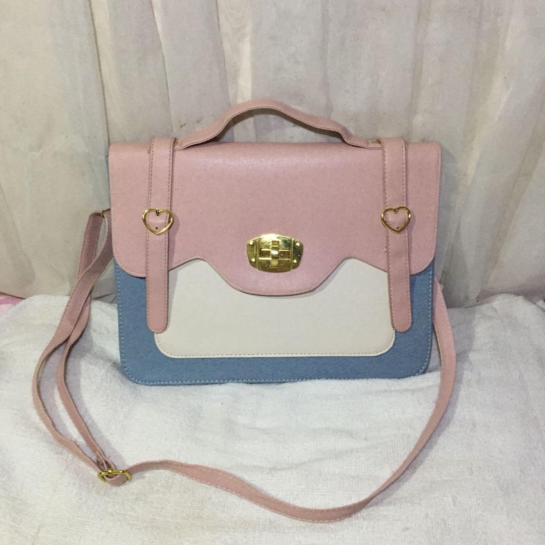 Kawaii Messenger Bag On Carou