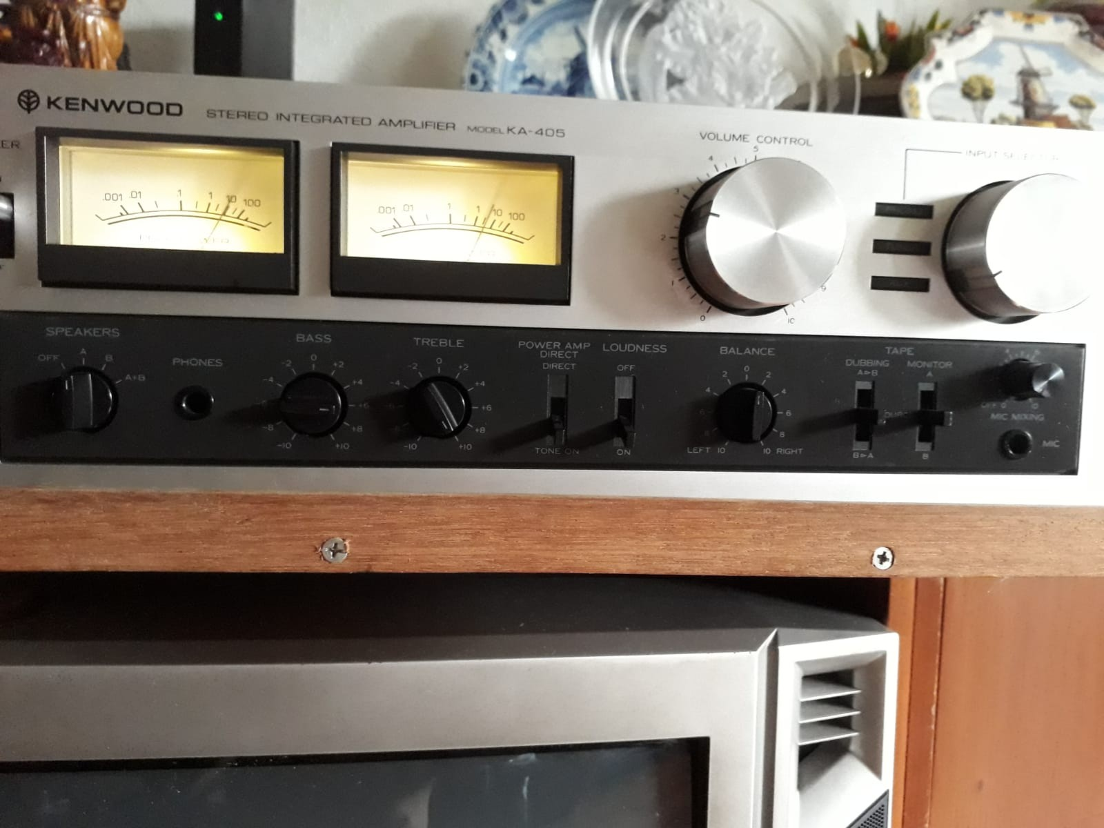 Kenwood amplifier with speakers, Electronics, Audio on Carousell