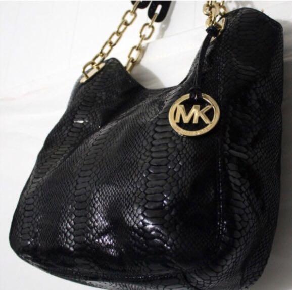 77f57606c31f Michael Kors black snakeskin bag