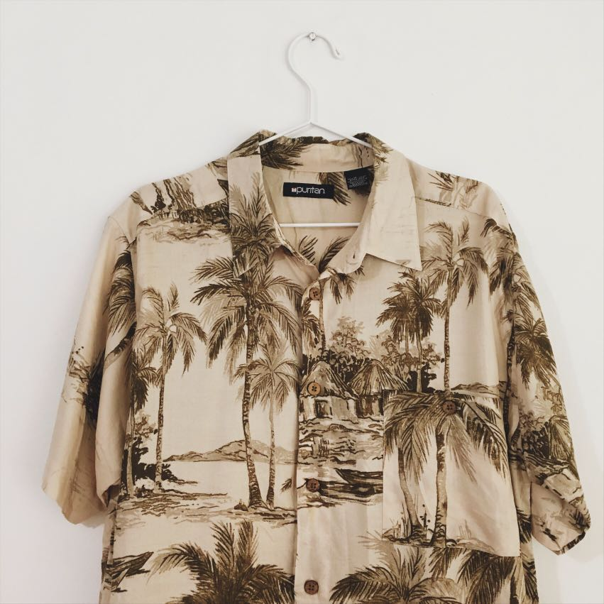 322374124a4f Palm Trees Vintage Hawaiian Shirt, Men's Fashion, Clothes on Carousell