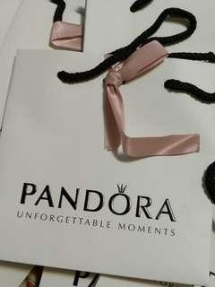 Pandora paper bag with ribbon