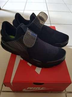 Nike Sock Dart KJCRD Triple Black