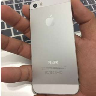 iPhone 5s WHITE 32GB GOOD GOOD CONDITION