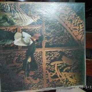 4张黑膠唱片