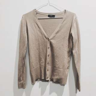 Forcast V-Neck Cardigan in Taupe
