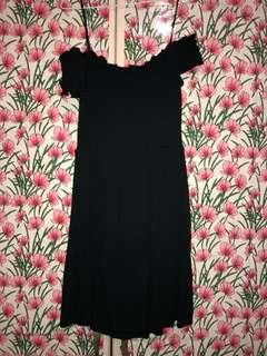 H&M Black off shoulder dress
