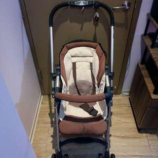 Combi Spazio嬰兒推車