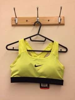 Nike運動內衣