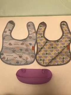 Combi 防油污口水肩圍兜 —2口水肩(圖案:鯨魚🐳&象象🐘)+1 紫色圍兜