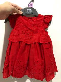 Red dress mother care