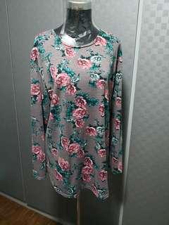 XL floral t-shirt