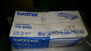 100%new Brother printer cartridge, model: TN - 2025, trade in Tuen.Mun  Brother 列印機油墨卷,屯門交收,或順丰到付