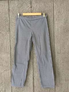 UNIQLO trousers