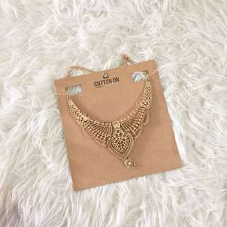 Cotton On Gold Necklace.