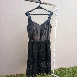 Just G MidiBlack dress