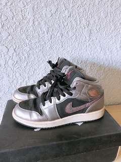 🚚 Jordan 一代 高筒籃球鞋