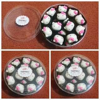 Toples Besar Coklat / Cokelat Praline Hellokitty Original, Isi Biskuit